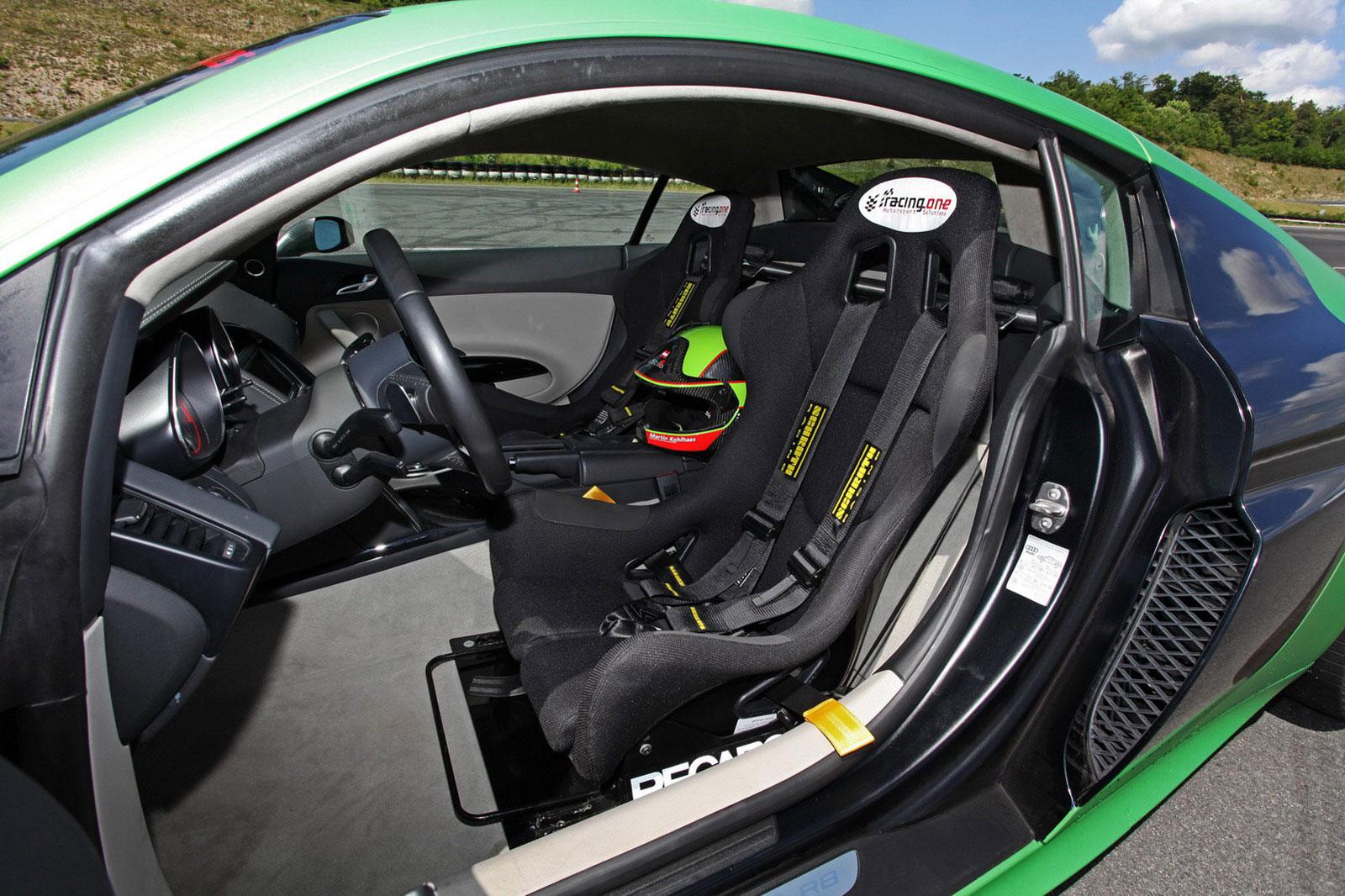 Zelené Audi R8 od německých tunerů Racing One 9