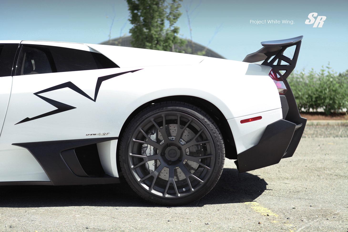 Lamborghini Murcielago LP670-4 SV jako Project White Wing 6