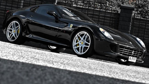 Ferrari 599 GTB Fiorano v decentní úpravě od Project Kahn 1