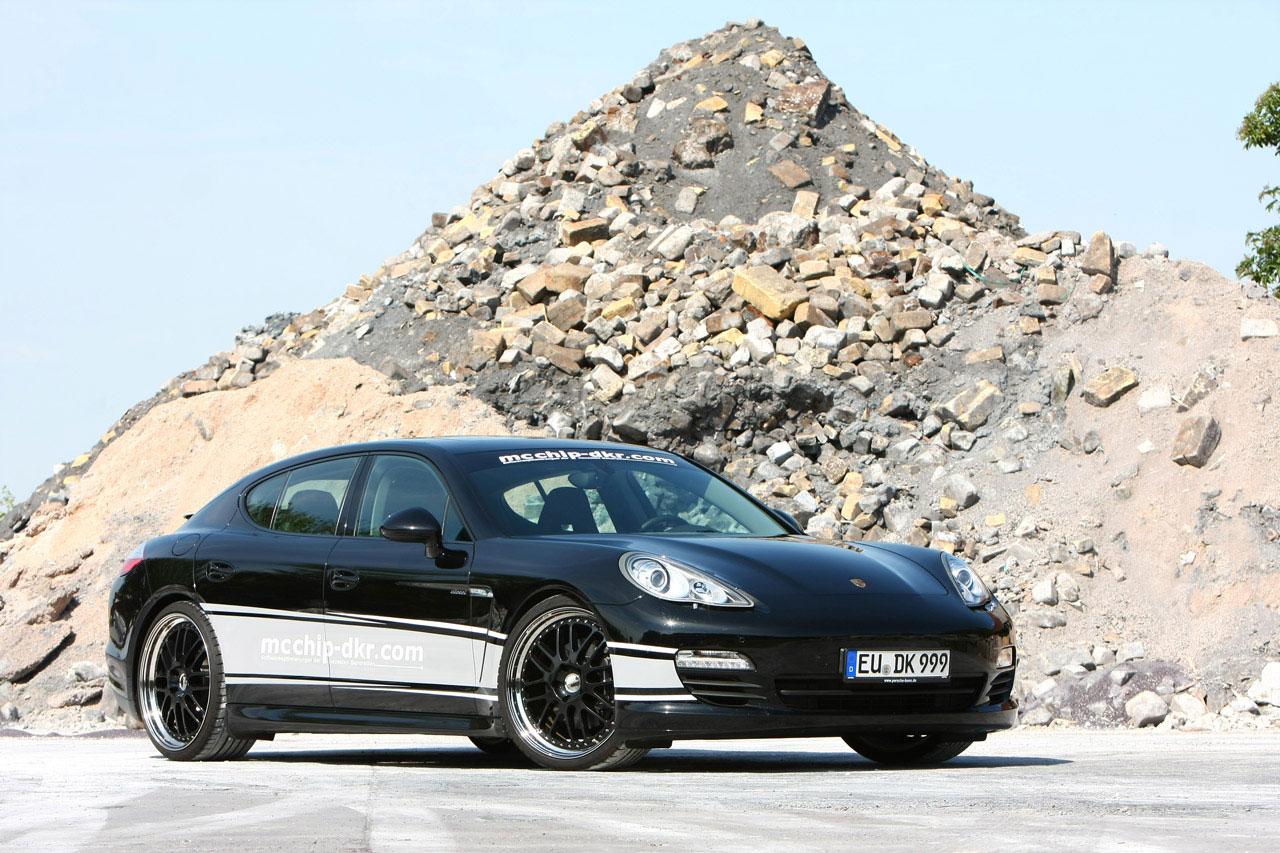 Mcchip-Dkr vylepšil naftové Porsche Panamera 4