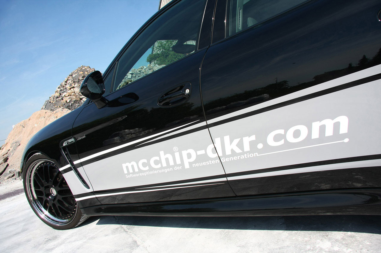 Mcchip-Dkr vylepšil naftové Porsche Panamera 6