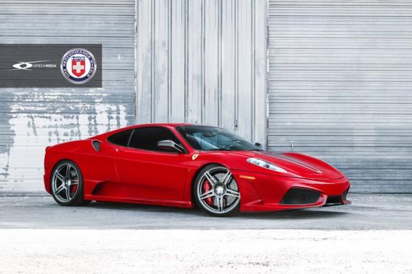 Našlapané Ferrari 430 Scuderia s výkonem přes 1000 koní 1