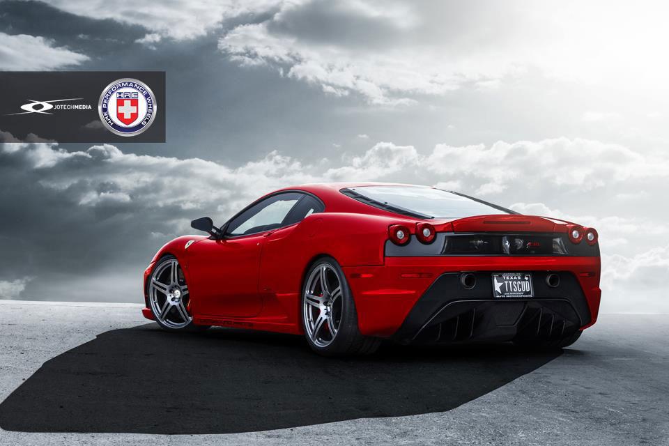 Našlapané Ferrari 430 Scuderia s výkonem přes 1000 koní 2