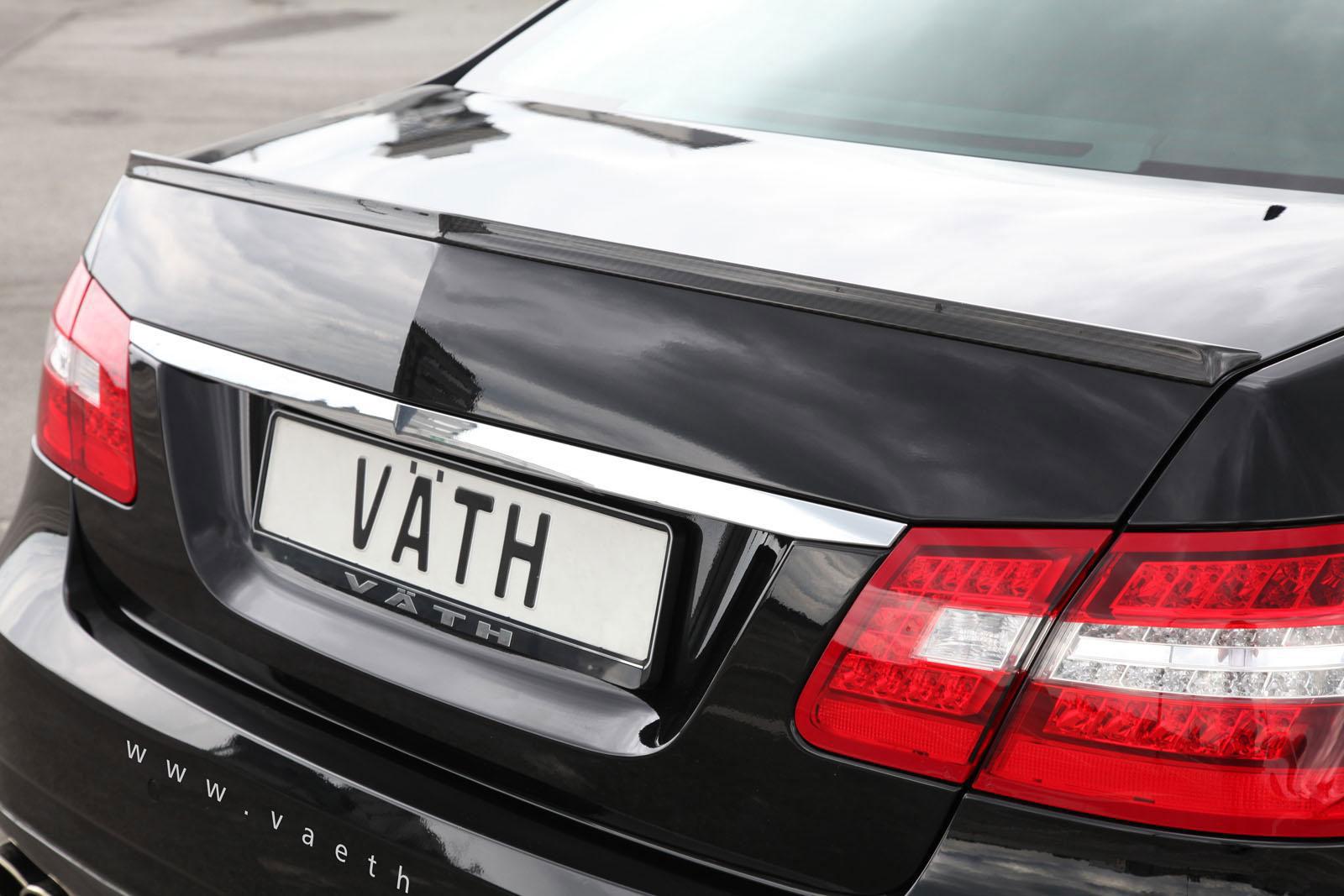 Tuneři Vath Automobiltechnik poladili Mercedes-Benz E-500 4