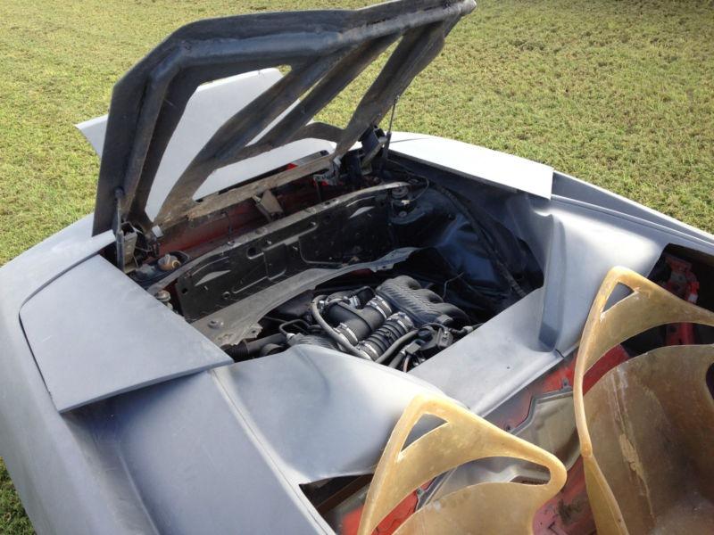 Porsche Boxster předěláno na repliku Lamborghini Murcielaga 5