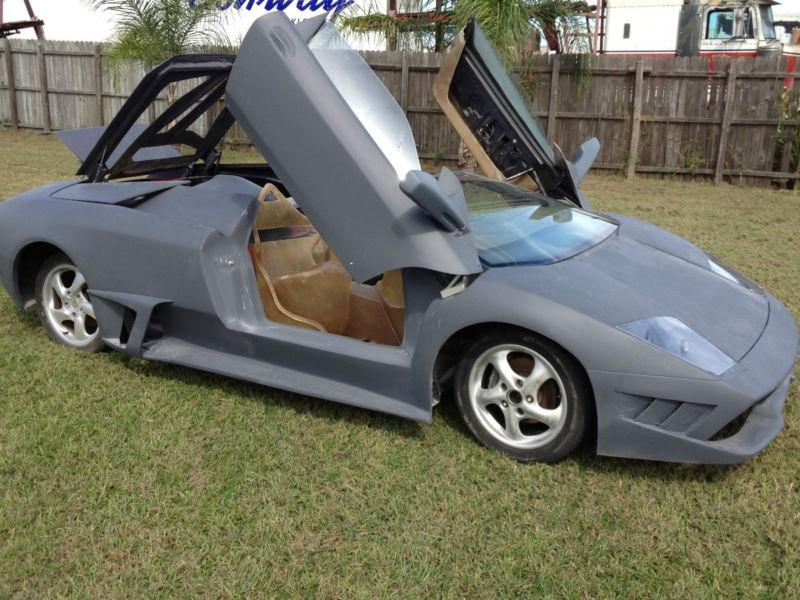 Porsche Boxster předěláno na repliku Lamborghini Murcielaga 6