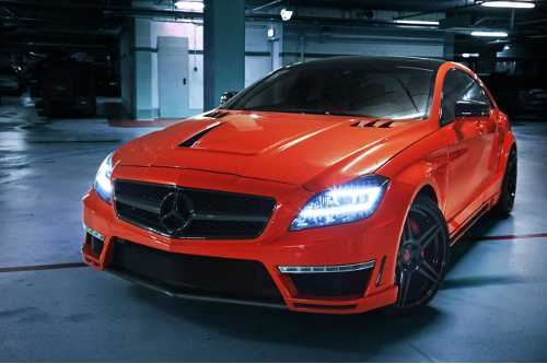 Našlapaný Mercedes CLS 63 AMG z dílny German Special Customs 1 uvodni