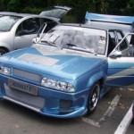 Tuzing: Renault 9