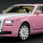 Růžový Rolls-Royce Ghost