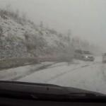 I v USA se musejí řidičí potýkat se sněhem