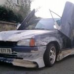 Opel Kadet s dveřmi ve stylu Lamborghini