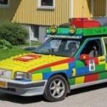 Volvo 850 v LEGO barvách je na prodej