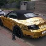 Zlaté Porsche 911