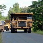 Obří důlní trucky