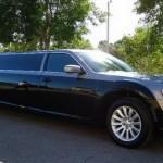 Chrysler 300 jako našlapaná limuzína