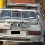Vyšperkovaný starý VW Passat (tuzing)