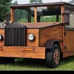 Auto ze dřeva aneb poznáte Ford Super Deluxe?