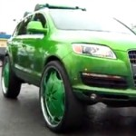 AUDI Q7 s 30 palcovými koly (video)