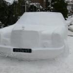 Mercedes-Benz třídy S ze sněhu