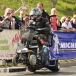 Invalidní vozík s motorem od Suzuki GSX-600F
