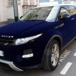 Range Rover Evoque potažený modrým sametem