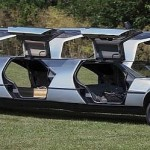 DeLorean limuzína