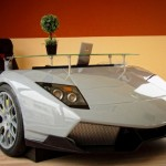 Lamborghini Murcielago jako kancelářský stůl