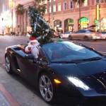 Santa vyměnil sáně za Lambo