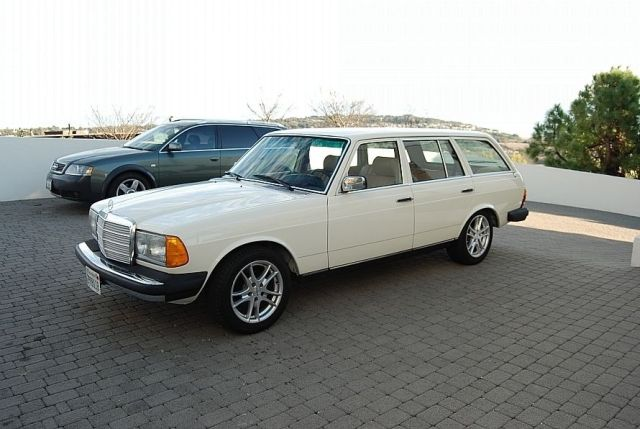 Mercedes-300TD-Wagon-V8-2[2]