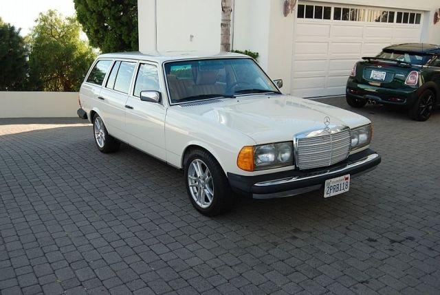 Mercedes-300TD-Wagon-V8-4[2]