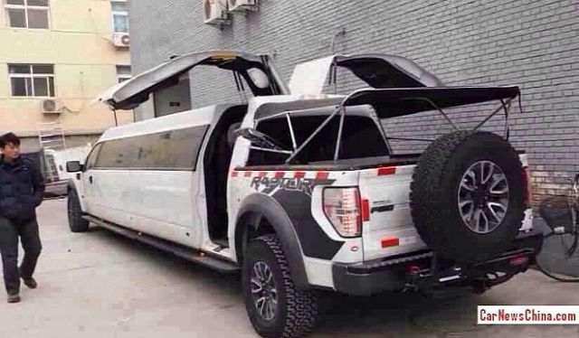ford-f-150-raptor-becomes-stretched-limo-in-china-medium_2