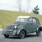 Citroën 2CV – Omyly automobilizmu (české video)
