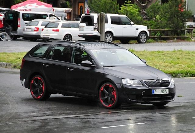 hardcore-skoda-octavia-vrs-with-280-hp-spied-for-the-first-time-photo-gallery-medium_2