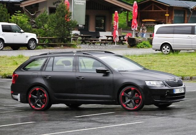 hardcore-skoda-octavia-vrs-with-280-hp-spied-for-the-first-time-photo-gallery-medium_3
