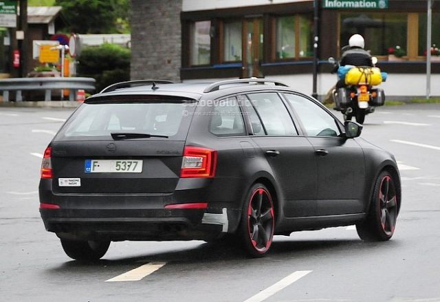 hardcore-skoda-octavia-vrs-with-280-hp-spied-for-the-first-time-photo-gallery-medium_6