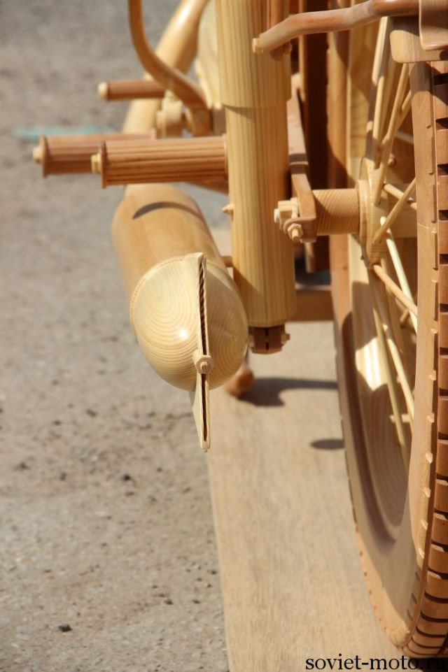 11-scale-all-wooden-izh-49-will-blow-your-mind-photo-gallery_10