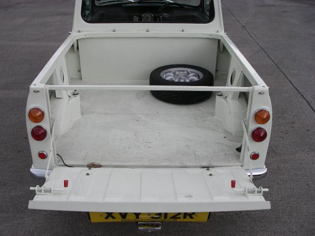 1977-mini-pickup-up-for-sale-costs-18936-photo-gallery_10