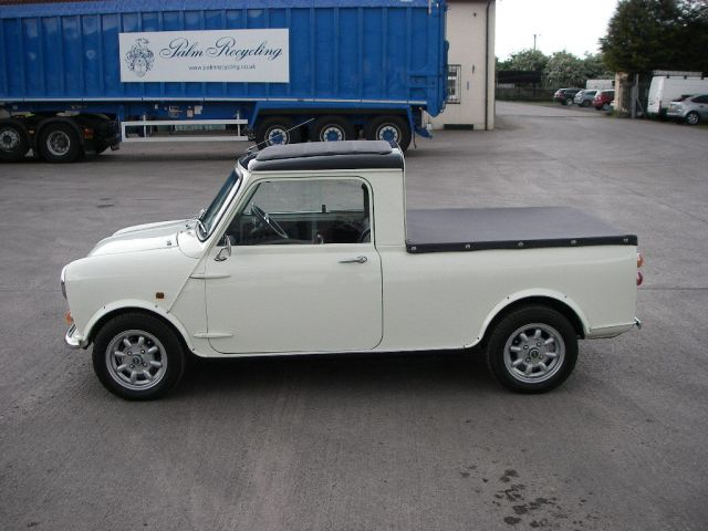 1977-mini-pickup-up-for-sale-costs-18936-photo-gallery_2