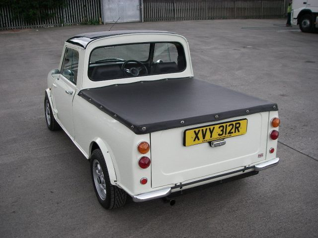 1977-mini-pickup-up-for-sale-costs-18936-photo-gallery_8