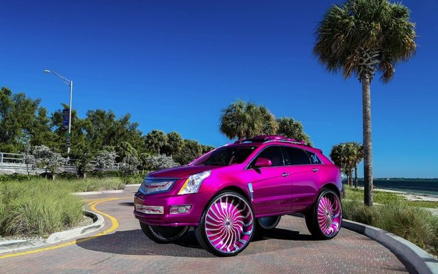 this-srx-is-rivaling-for-the-ugliest-cadillac-in-us-photo-gallery_1
