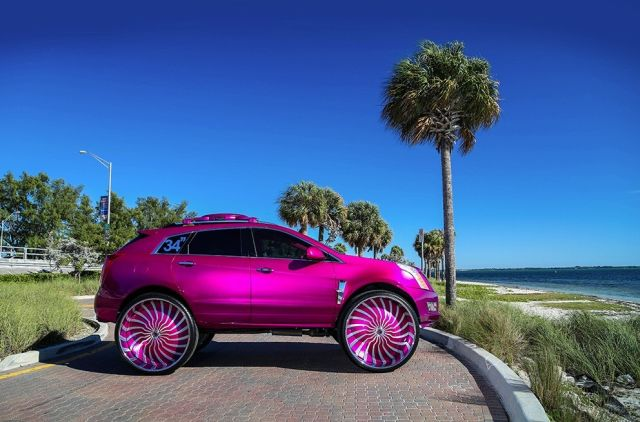 this-srx-is-rivaling-for-the-ugliest-cadillac-in-us-photo-gallery_8