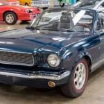 Replika Fordu Mustang z Mazdy MX-5 za 200 tis Kč